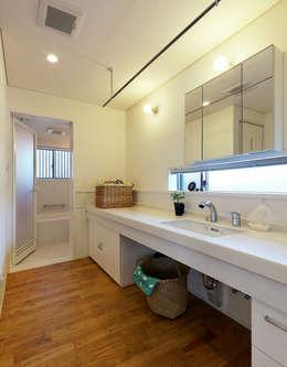 浴室 by 磯村建築設計事務所