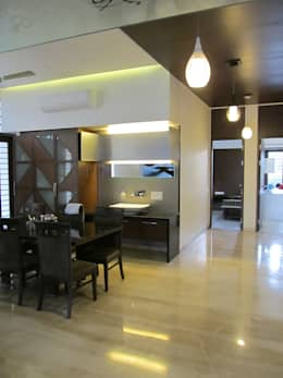 Residence of Brijesh Patel: modern Dining room by Architects at Work
