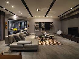 غرفة المعيشة تنفيذ 白金里居  空間設計