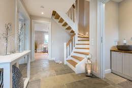 Gang en hal door Home Staging Sylt GmbH