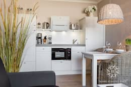 de estilo  por Home Staging Sylt GmbH