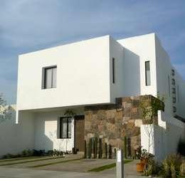 Casa Mayrán: Casas de estilo moderno por Alberto M. Saavedra