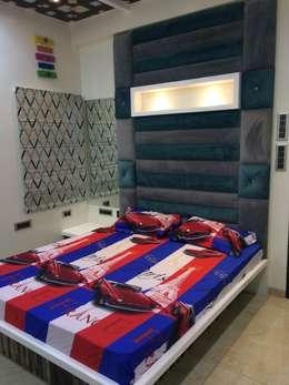 Children Bedroom : minimalistic Bedroom by Nabh Design & Associates