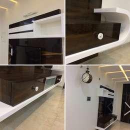 Residence Interior Design: minimalistic Living room by Nabh Design & Associates