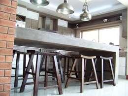 House [MWARF]: modern Kitchen by jonroy design studio