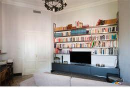 Salas / recibidores de estilo clásico por 07am architetti