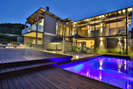 House Pautz: modern Pool by Blunt Architects