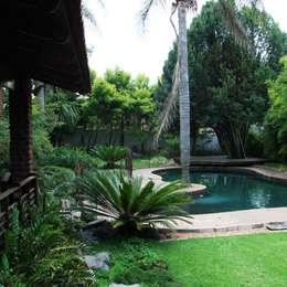 Ilkley Road: modern Pool by Ininside