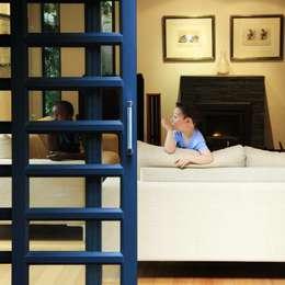 modern Living room by Ininside