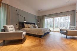 DOM NA WSI: styl , w kategorii Sypialnia zaprojektowany przez oyster