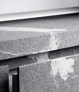 Detail Cabinet Living Room: minimalistische Woonkamer door Jen Alkema architect