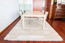 Sala de Jantar: Sala de jantar  por IAS Tapeçarias