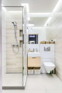 Kawalerka: styl , w kategorii Łazienka zaprojektowany przez Partner Design