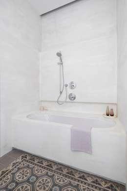 حمام تنفيذ destilat Design Studio GmbH