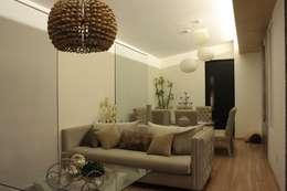 غرفة المعيشة تنفيذ emARTquitectura