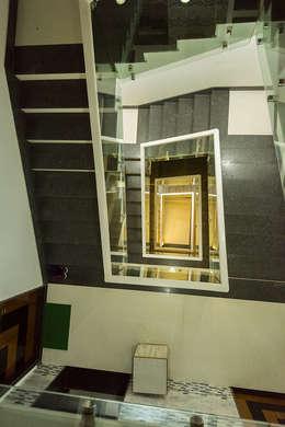 Sanchetna:  Corridor & hallway by Ankit Goenka
