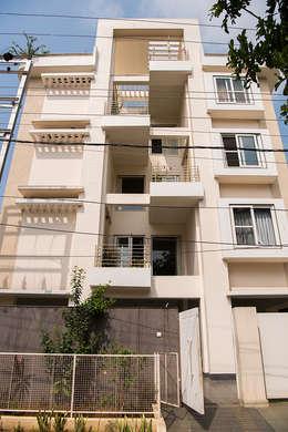 Sanchetna: modern Houses by Ankit Goenka