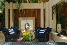 Terrazas de estilo  por Interart Design de Interiores