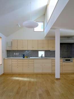 深沢の家: 小形徹*小形祐美子 プラス プロスペクトコッテージ 一級建築士事務所が手掛けたキッチンです。