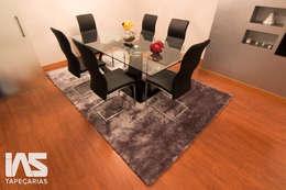 Sala de Jantar, Valongo: Sala de jantar  por IAS Tapeçarias