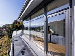 modern Houses by KitzlingerHaus GmbH & Co. KG