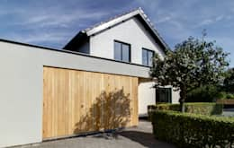 modern Houses by CHORA architectuur | interieur
