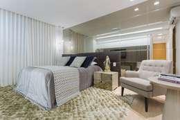 Dormitorios de estilo ecléctico por Aleggra Design & Arquitetura - Janaina Naves