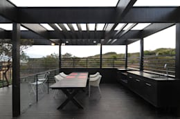 Casa Tunquén: Terrazas  de estilo  por Nicolas Loi + Arquitectos Asociados