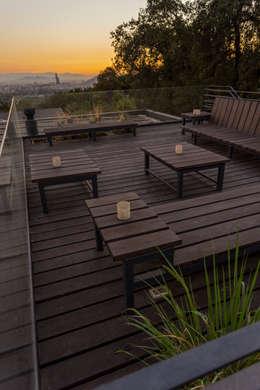 Casa Lo Curro: Terrazas  de estilo  por Nicolas Loi + Arquitectos Asociados