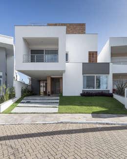 modern Houses by K+S arquitetos associados