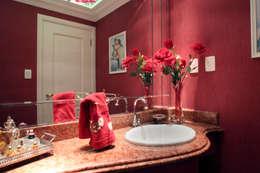 CASA E.L: Banheiros clássicos por Eustáquio Leite Arquitetura