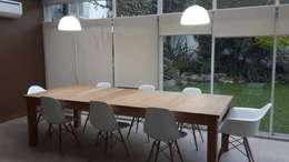 Phòng ăn by Arquitecta MORIELLO