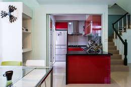 開放廚房:   by 果仁室內裝修設計有限公司