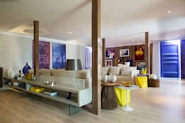 Phòng khách by Karinna Buchalla Interiores