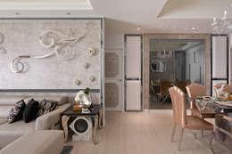 沙發背牆牡丹花裝置藝術:  牆面 by 趙玲室內設計