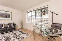 Projekty,  Domowe biuro i gabinet zaprojektowane przez SMB Interior Design Ltd