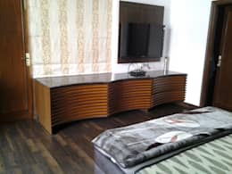 console: minimalistic Bedroom by K2 Interiors