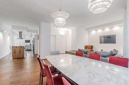 Ristrutturazione appartamento Milano, Tibaldi: Soggiorno in stile in stile Moderno di Facile Ristrutturare