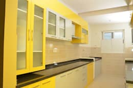 Parallel Kitchen Cabinets: asian Kitchen by Scale Inch Pvt. Ltd.
