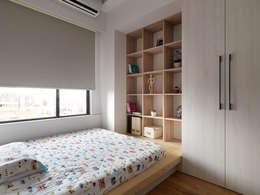 范宅|小孩房|:  臥室 by 璞延空間設計