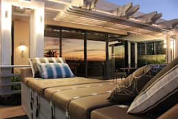 Timber Pergola & Glass Fins:  Patios by Inline Spaces Pty Ltd