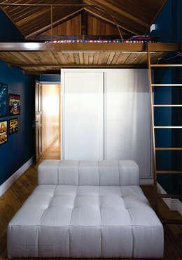 classic Bedroom by SET Arquitetura e Construções