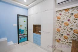 Small Flat, Cosy Interiors: modern Nursery/kid's room by ARK Architects & Interior Designers