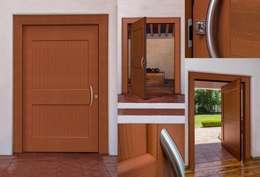 MULTIDISEÑOS CON INTERMEDIO: Puertas y ventanas de estilo moderno por Lens Puertas de Aluminio.