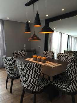 Phòng ăn by Ecologik