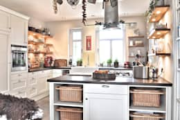 country Kitchen by Karin Armbrust - Home Staging