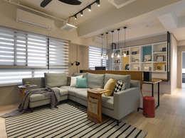 minimalistic Living room by 存果空間設計有限公司