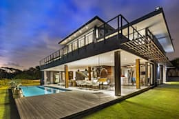 House Umhlanga: modern Houses by Ferguson Architects