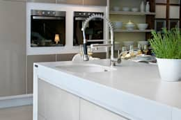 modern Kitchen by Fİ DİZAYN Mermer, Granit, Quars Satış ve Uygulama