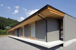 鮎立の家: 浦瀬建築設計事務所が手掛けた家です。